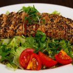 Wasabi_Salmon_Tataki_Salad